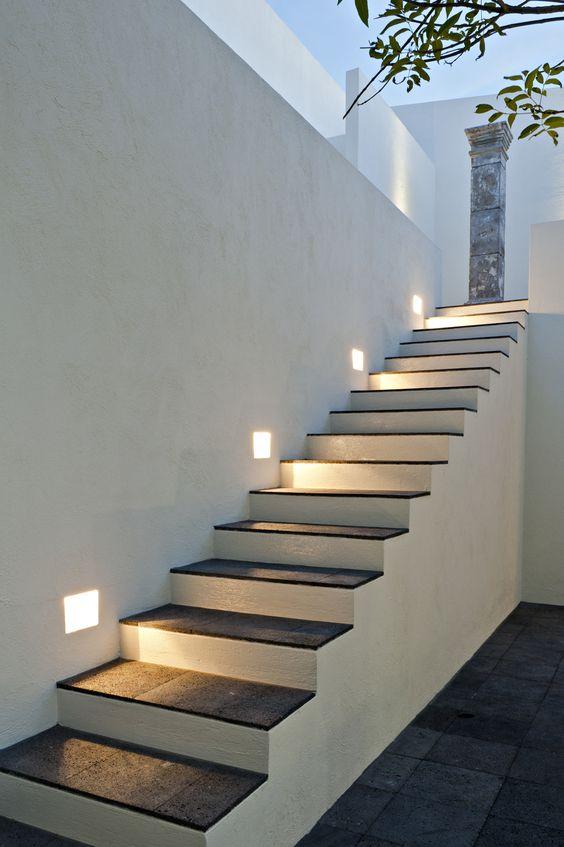 Escaleras para exterior