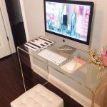 Mesas de cristal para oficina en casa