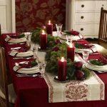 Como montar una mesa para la cena navideña 2017-2018 color tinto
