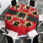 Como montar una mesa para la cena navideña 2017-2018 redonda de rojo