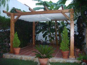 Pergolas de madera para jardines