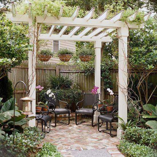 Pergolas de madera para jardines curso de organizacion for Decoracion de jardines con madera