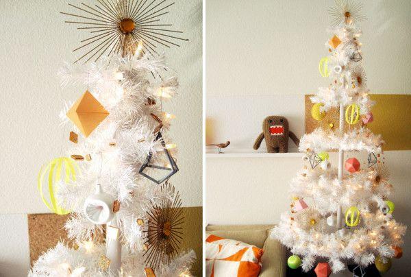 ornamentos minimalistas para el árbol navideño