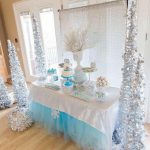 Ideas de decoración navideña de frozen 2017 - 2018 (29)