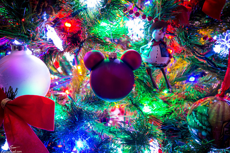 Ideas de decoracion para navidad con Mickey Mouse (36)