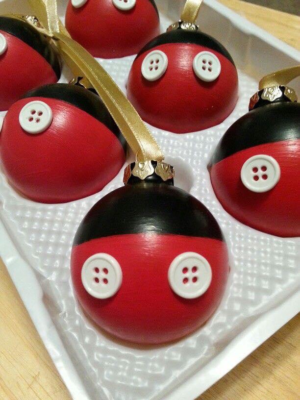 Ideas de decoracion para navidad con mickey mouse for Adornos navidenos mickey mouse