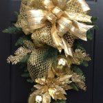 Paso a Paso para Decorar las Puertas en Navidad (2)