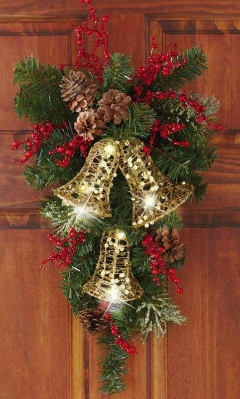 Paso a Paso para Decorar las Puertas en Navidad (4)