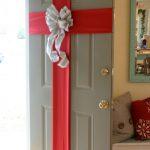 Paso a Paso para Decorar las Puertas en Navidad (9)
