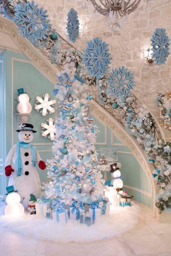 Pinos navideños Blanco y azul