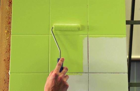 como pintar los viejos azulejos de la cocina