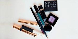 lista de maquillaje basicos para una mujer (3)