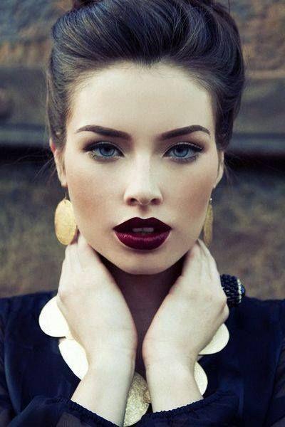 lista de maquillaje basicos para una mujer (4)