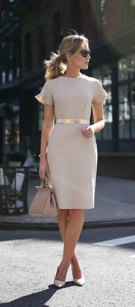 Outfits para mujeres con vestidos