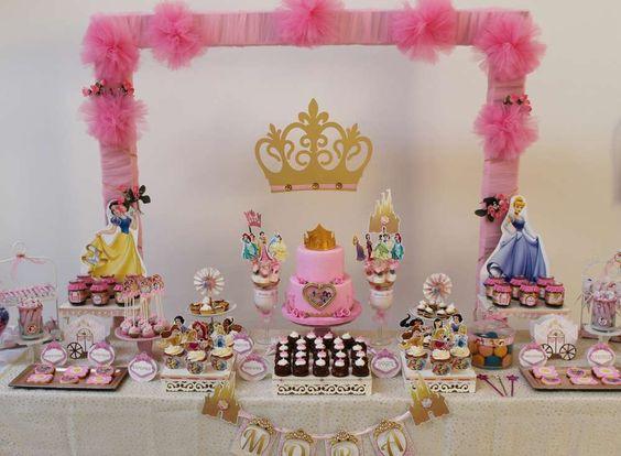 mesa de postres de princesas (1)