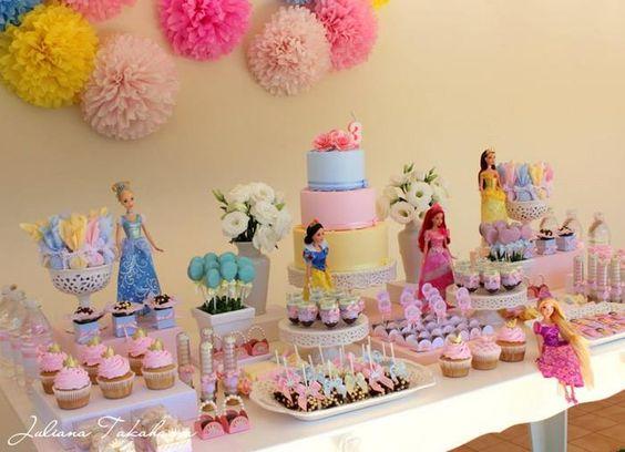 mesa de postres de princesas (2)
