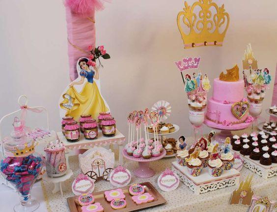 mesa de postres de princesas (3)