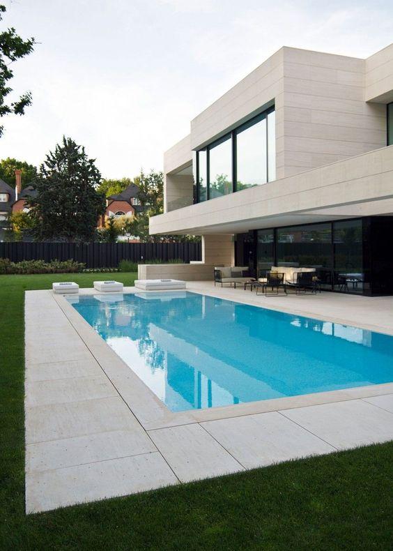 Casas modernas 2018 120 im genes de exteriores e interiores for Piscinas modernas minimalistas