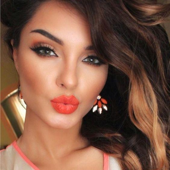 que debe tener un kit de maquillaje basico (1)