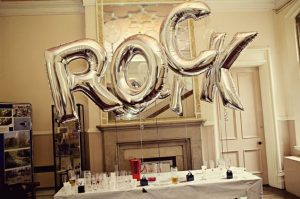 Fiesta con tema de rock and roll