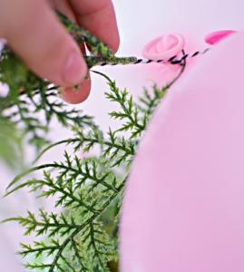 como hacer guirnaldas de globos modernos (3)