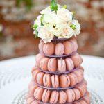 Croquembouche macarons
