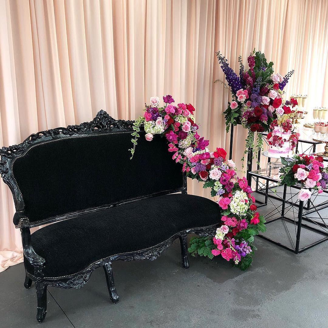 decoracion de fiestas con silla luis xv 3