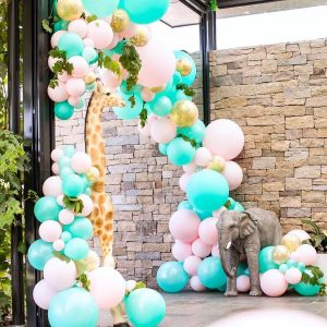 decoracion fiesta guirnalda con globos dorados 2018 4
