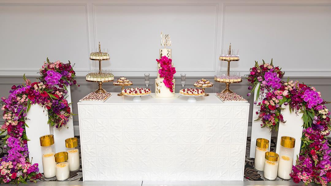 decoracion mesa de paneles texturizados
