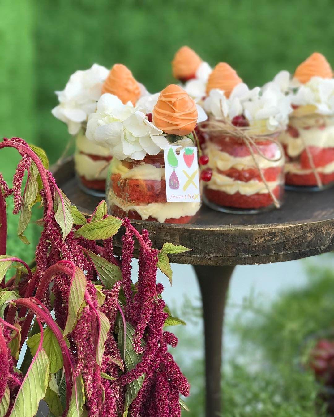 ideas de postres gourmet para mesa de dulces (6)