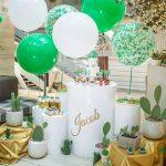 ideas para decorar fiestas con mesa de acrilico (4)