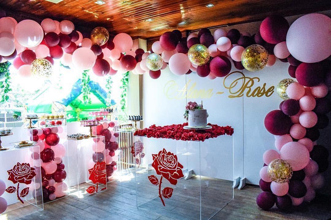 Como decorar fiestas con mesa de acrílico