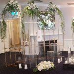 ideas para decorar fiestas con mesa de acrilico (6)