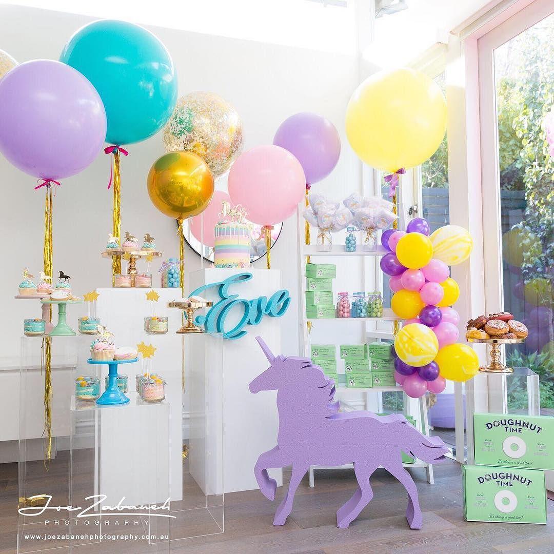 Mesas de acrílico para fiestas infantiles