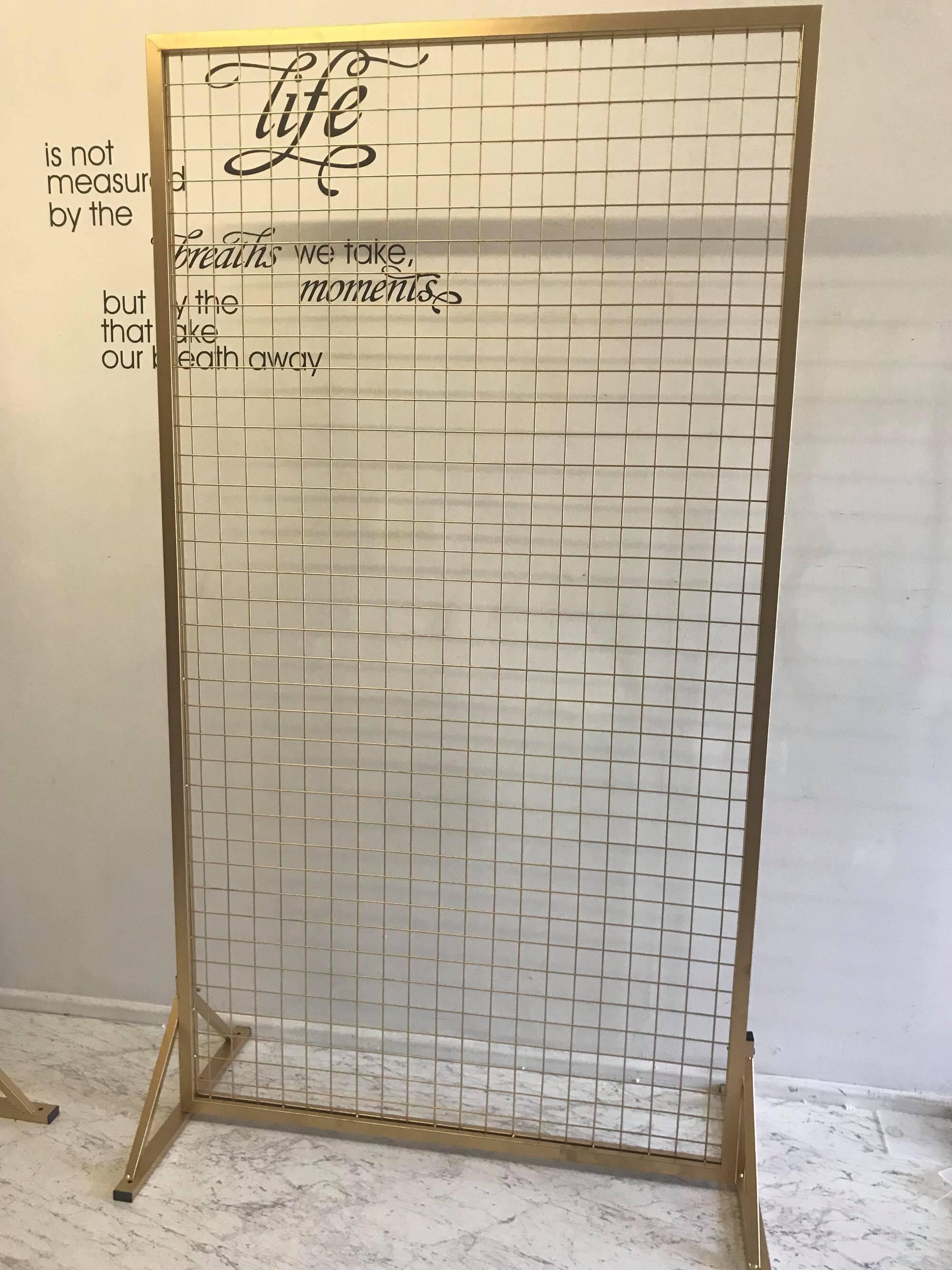 pantalla o marco de herreria con malla para decorar fiestas (1)