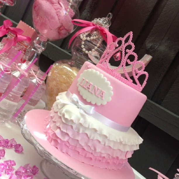 pastel para fiesta de princesa 2019