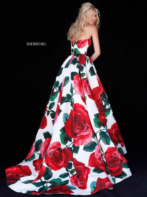 Vestido de graduacion con estampado floral
