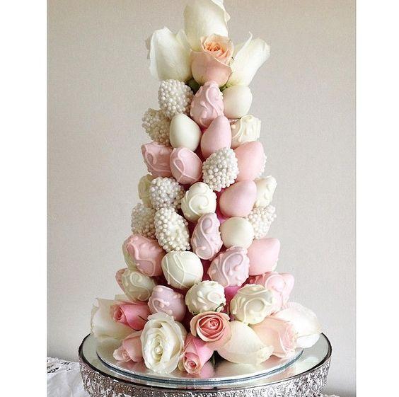 torres de fresas para bodas (10)