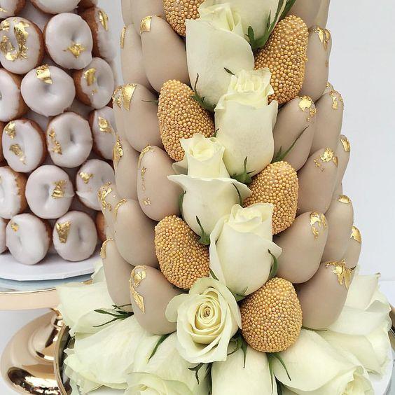 torres de fresas para bodas (7)