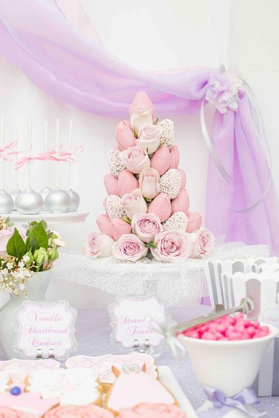Torres de fresas para bodas