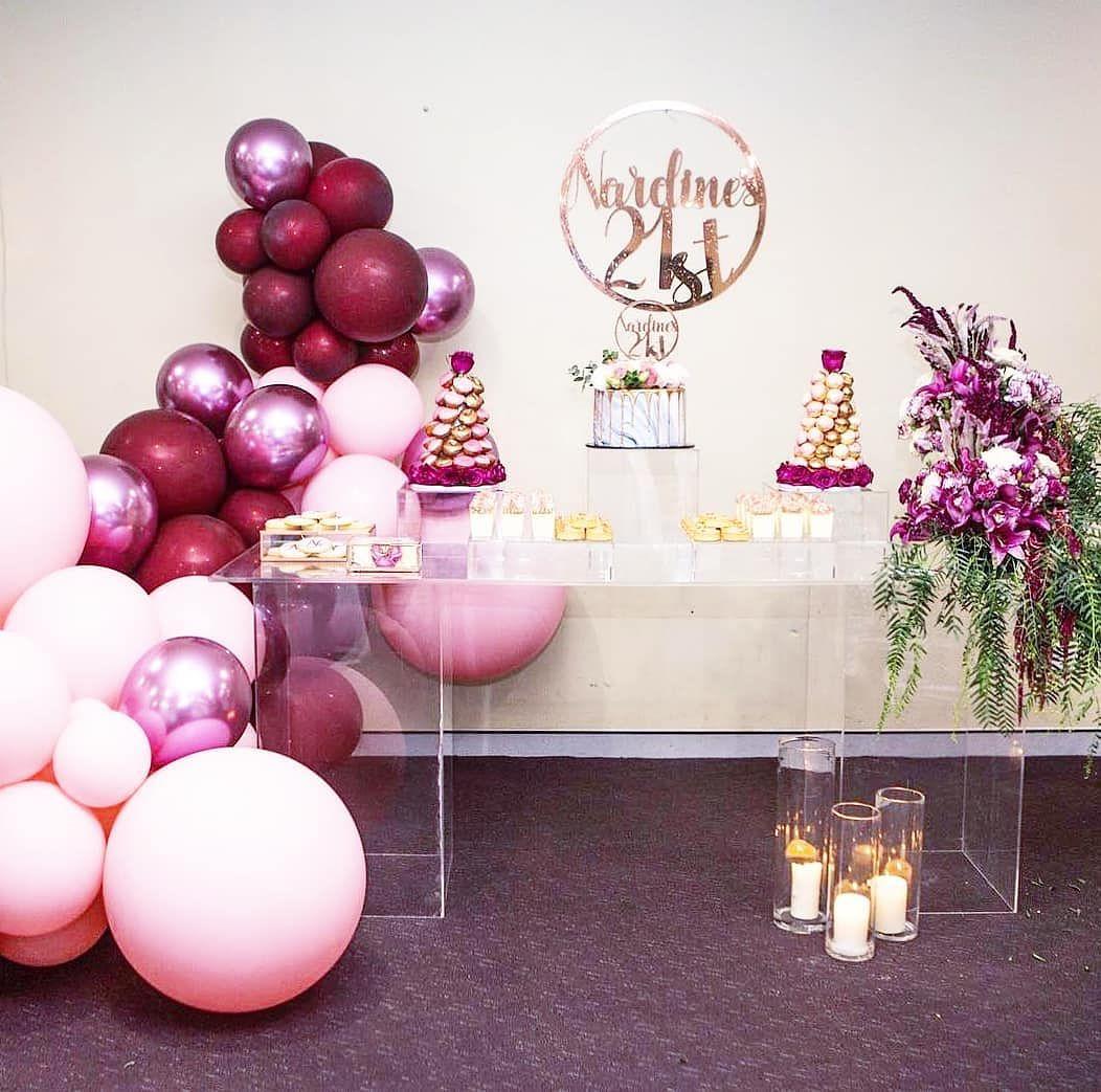 Mesas de acrilico para fiesta de mujer
