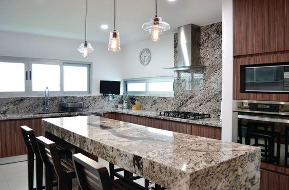 Cocinas con islas de granito