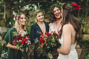 Damas para una boda boho chic