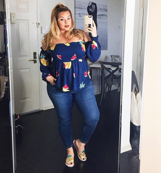 Outfits de moda para chicas plus size con jeans