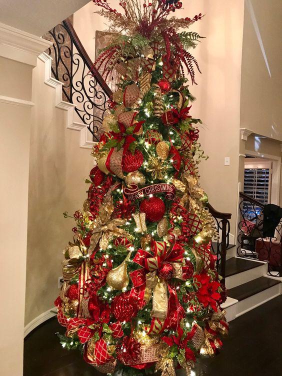 Arboles de navidad color rojo tendencias 2018 2019 for Arbol de navidad dorado