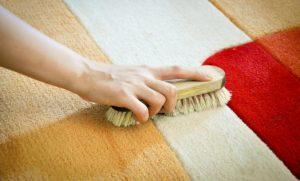 como limpiar una alfombra muy sucia