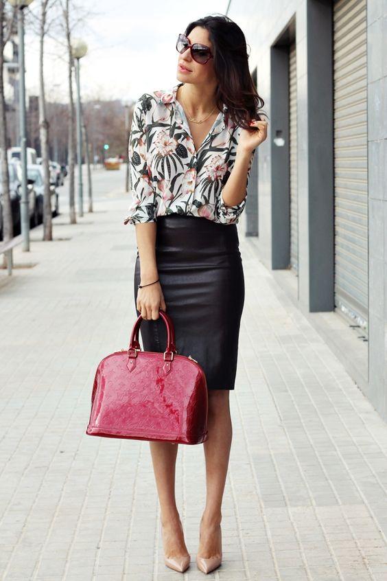 look de verano con falda para oficina