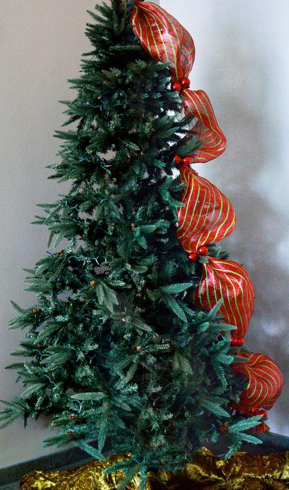Arboles de navidad con malla