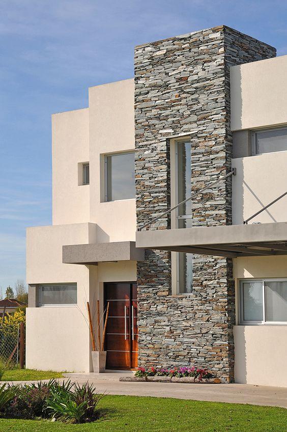 Fachadas con piedra laja ideas geniales con laja para tu for Casas con piedras en la fachada