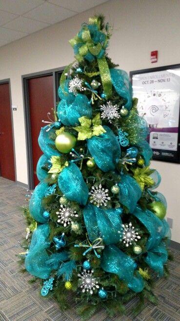 Arboles de navidad con malla ideas para navidad 2018 - Como decorar un arbol de navidad azul ...